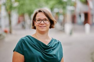 Elina Vanhanen on työskennellyt Valtiokonttorissa vuodesta 2014.