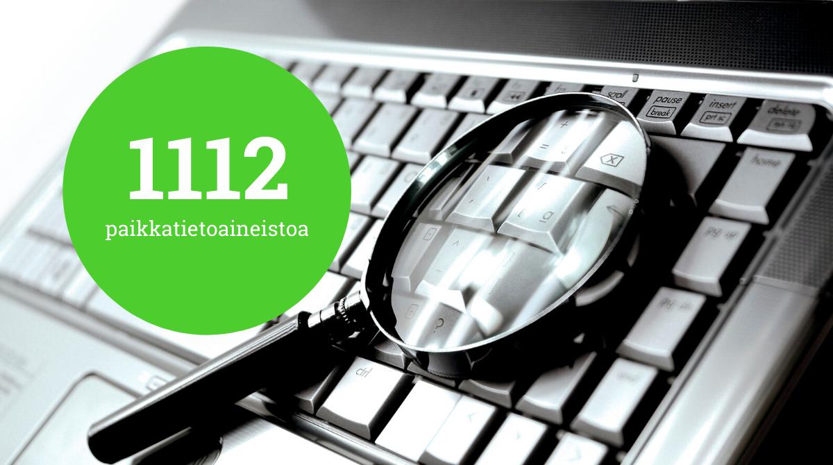 Suurennuslasi ja teksti: 1112 paikkatietoaineistoa
